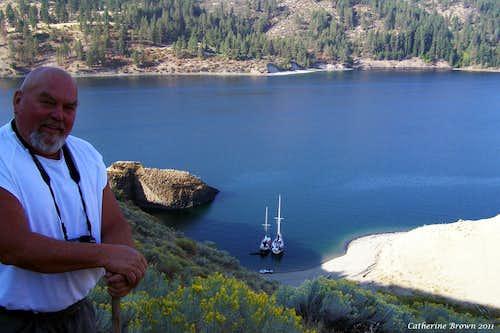 Sailing and Trekking on Lake Roosevelt