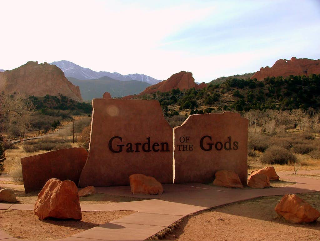 Garden Of The Gods Entrance.