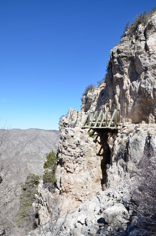 The bridge on the trail to Guadalupe Peak