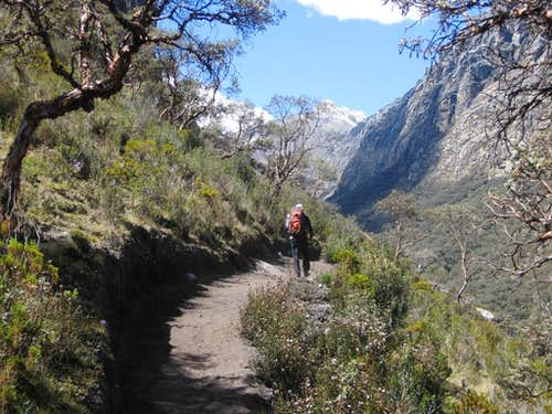 It\'s a big trail in the Ishinca valley