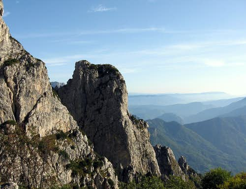 Torre d'Émmele seen from Apostolo