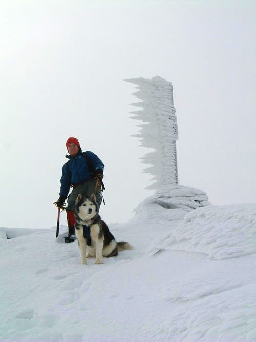 Ice-blades on Rocca Pumacioletto summit cross