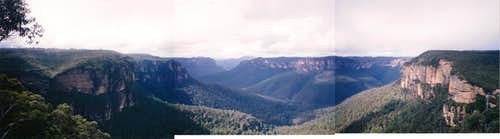 Grose Valley viewed from Govetts Leap lookout