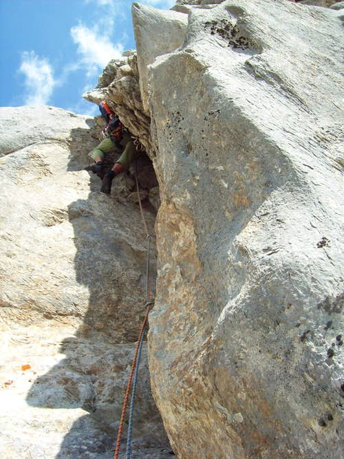 Crack of the Peaceful Smuggler 5.9
