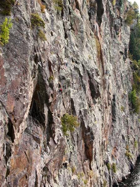 Mazinaw Rock