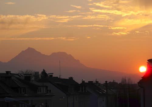 The sun sinks behind Bavaria