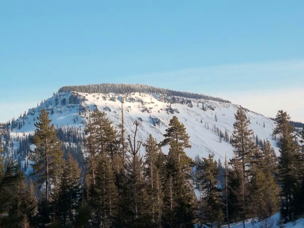 Diamond Head from just west of Blewett Pass