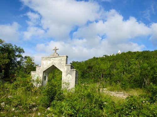 Como Hill (Mount Alvernia)