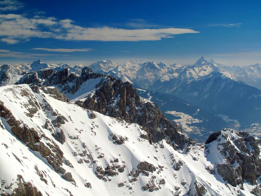 View from Hunerkogel (2694m) to Hochgolling and Schladminger Tauern