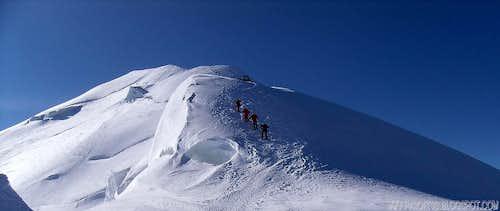 Cornice on Bosses Ridge - Mont Blanc