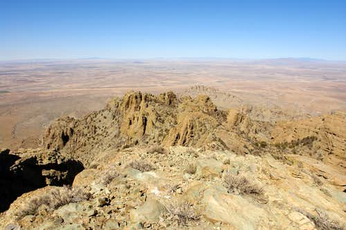 North Highpoint, summit view north
