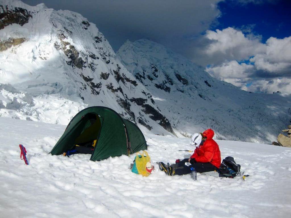Tocllaraju high camp