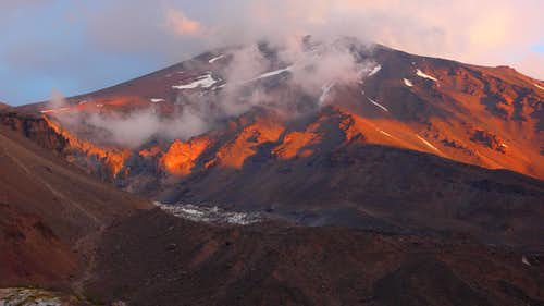 La Engorda Volcano at dusk