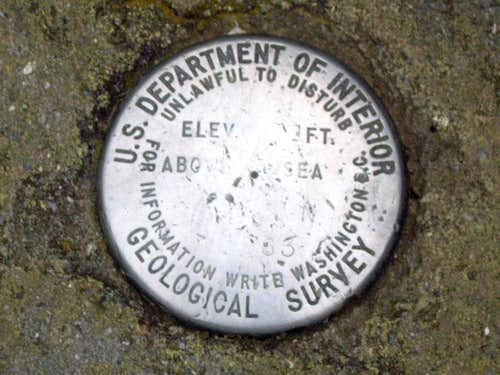 Clingmans Dome USGS marker