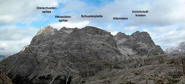 The Dreischuster / Tre...