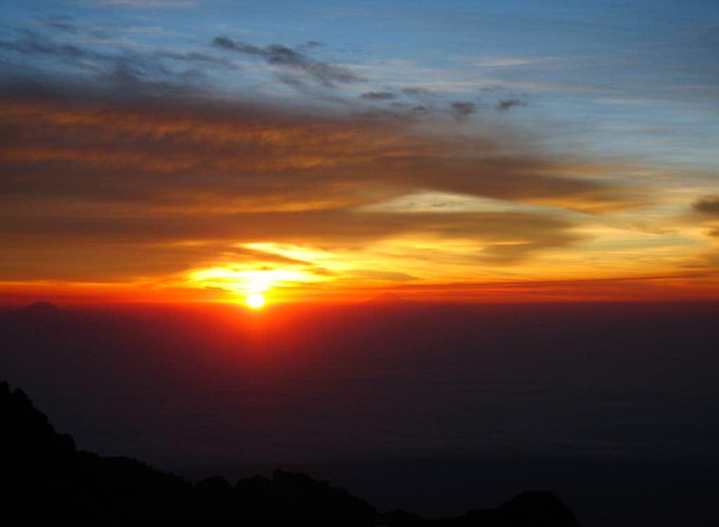 Sunrise from Izta