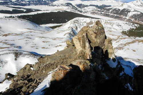 The lower towers and slab traverse section