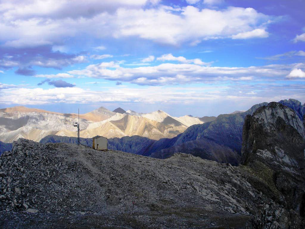 Summit antenna/hut