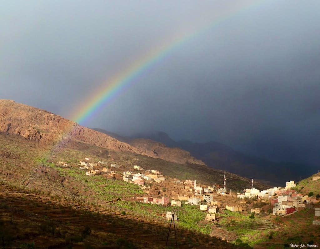 Rainbow near Sidi M'Zal, Jebel El Kest Group