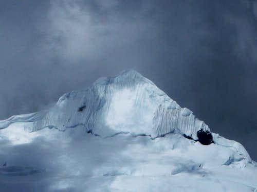 Palcaraju summit pyramid