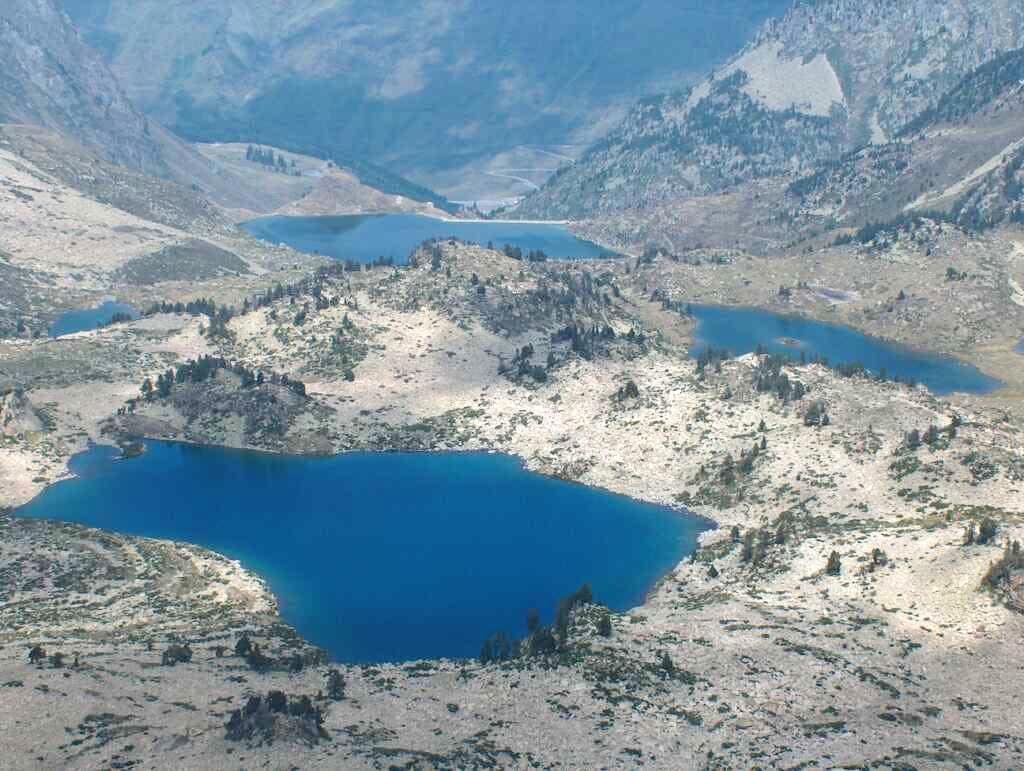 Lake Estagnol, north from the Hourquette d'Aubert