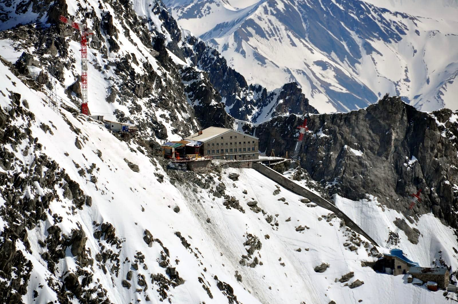 Alpine REFUGES in the Aosta Valley <b>(Veny Valley)</b>