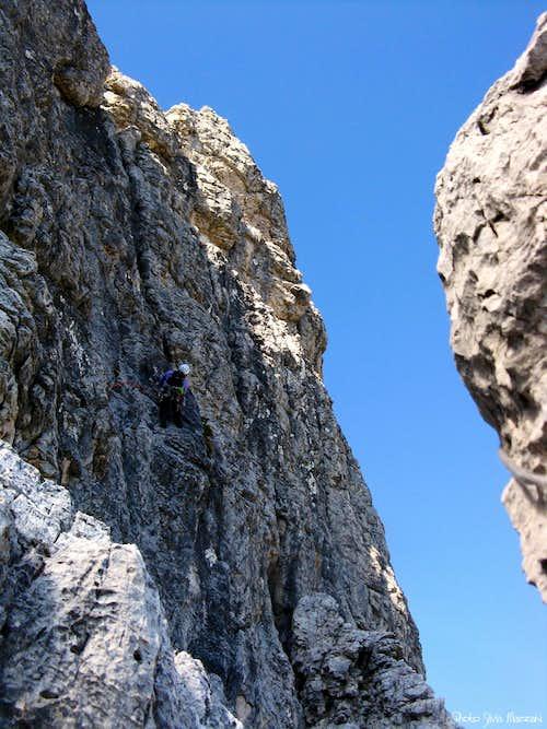 Torre Pian dei Buoi Dal Negro route - Last pitch's black wall