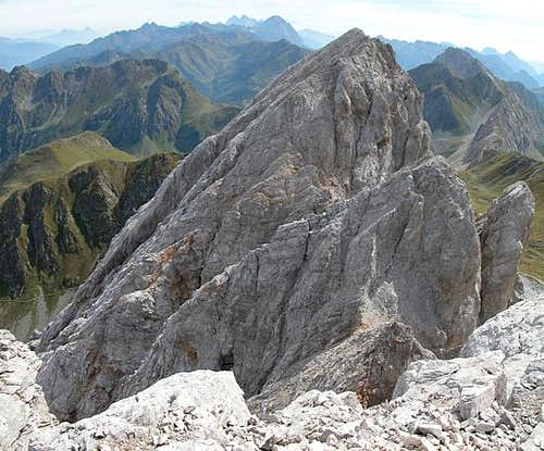 Summit view Grosse Kinigat:...