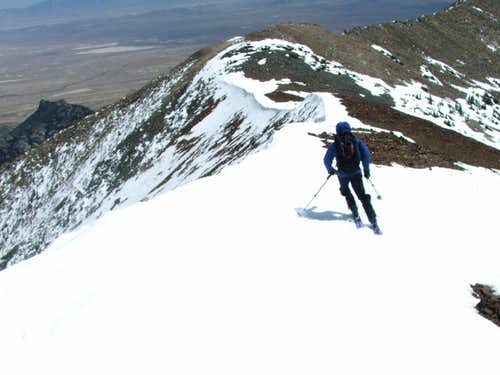 Skiing of the Summit