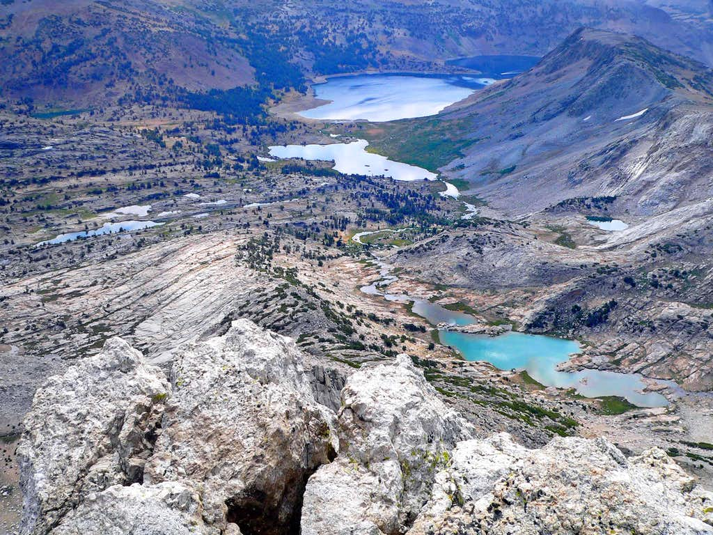 Conness Lakes down to Saddlebag Lake from North Peak