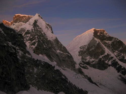 The first light of the day hitting the twin summits of Huascarán