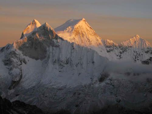 First light on Huandoy (6395m)
