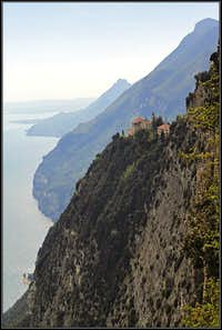 The cliffs of Monte Castello