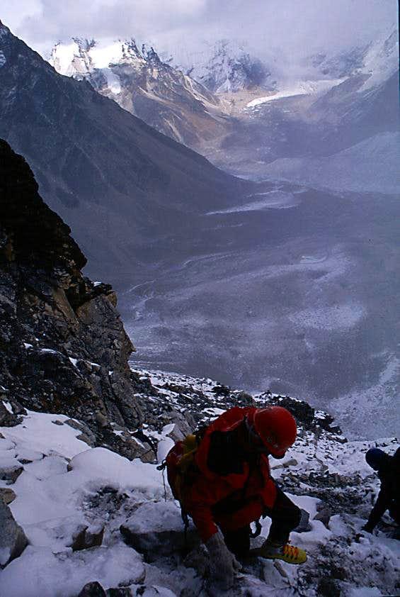 Descending the Amphu Labsa