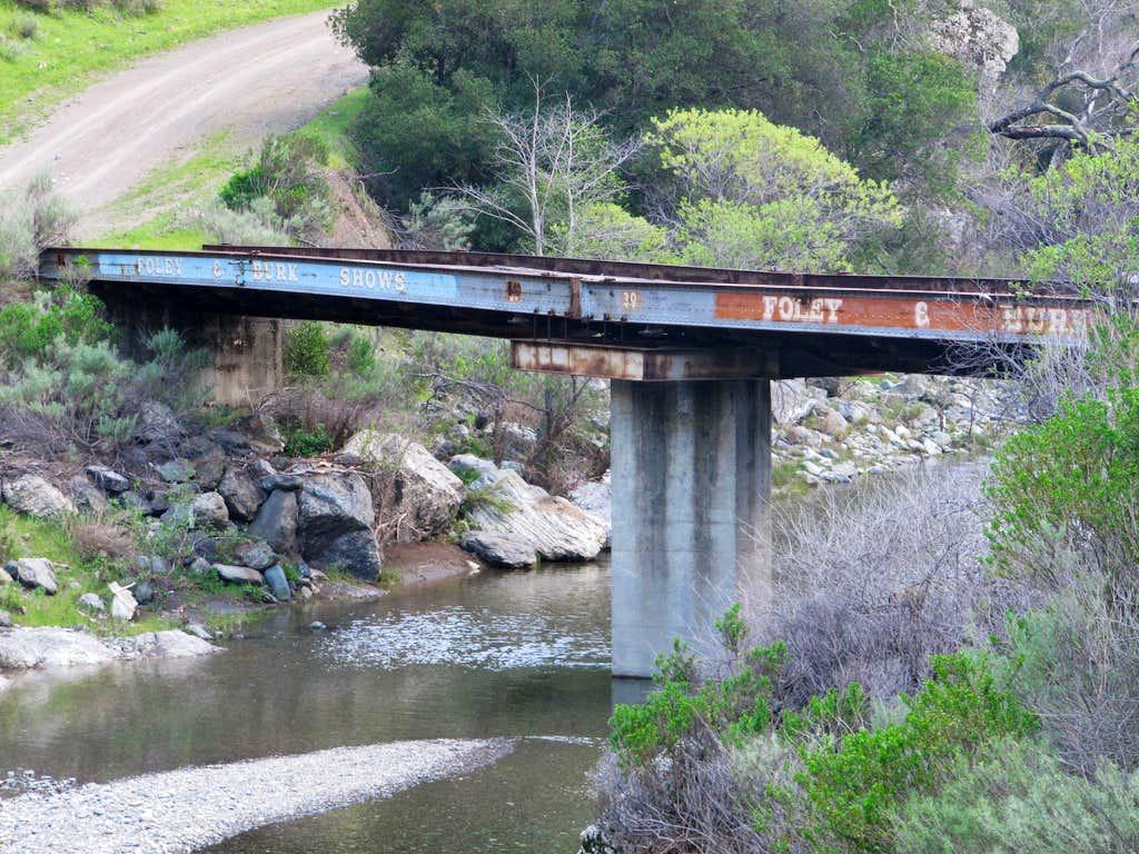 Bridge over Arroyo Valle