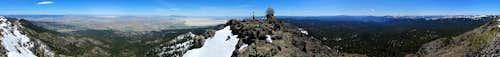 Thompson Peak summit pano