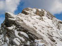 Sharp ridge - towards the...
