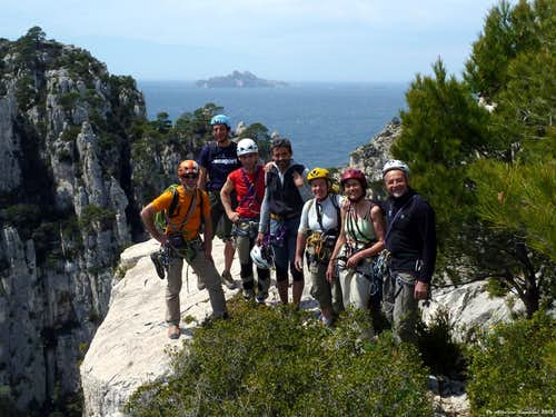 Evergreen Calanques - Young people and veterans on Sirène