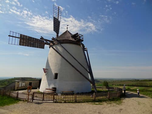 The famous windmill of Retz