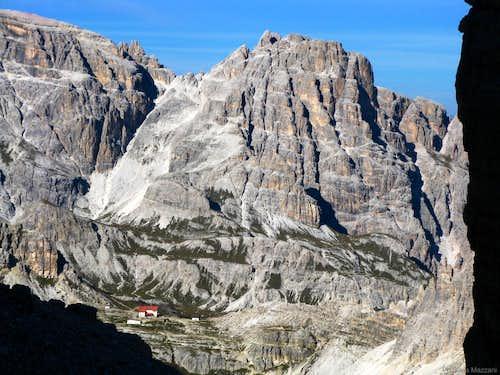 Crodon di San Candido and Locatelli Hut from Forcella della Grande