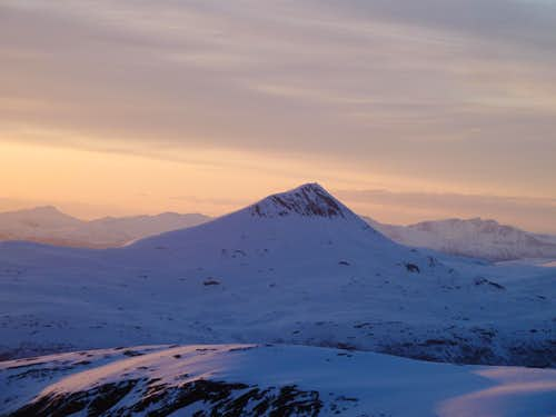 Tromsdalstind seen from Gorzelvtind