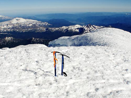 Lanin volcano summit