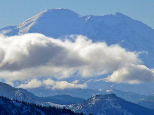 Mount Rainier Zoomed In