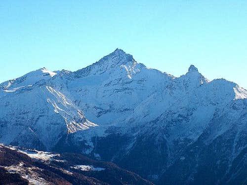 Monte La Grivola (3.969 m.) e...