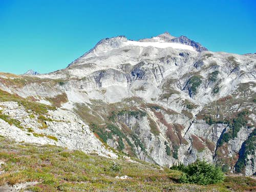 Sahale Mountain\'s South Face