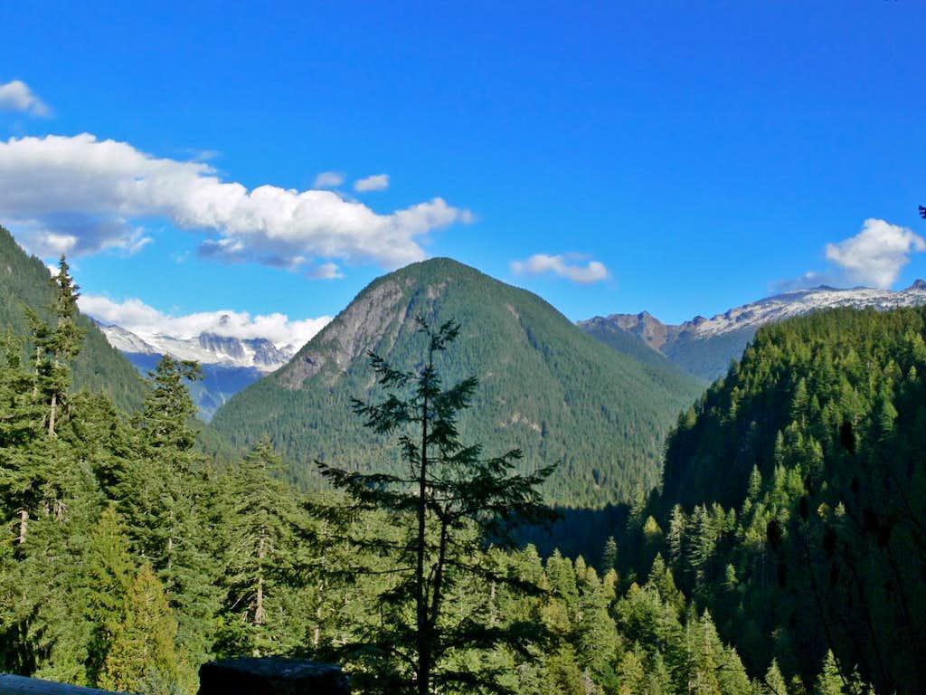 Cascade Valley during September