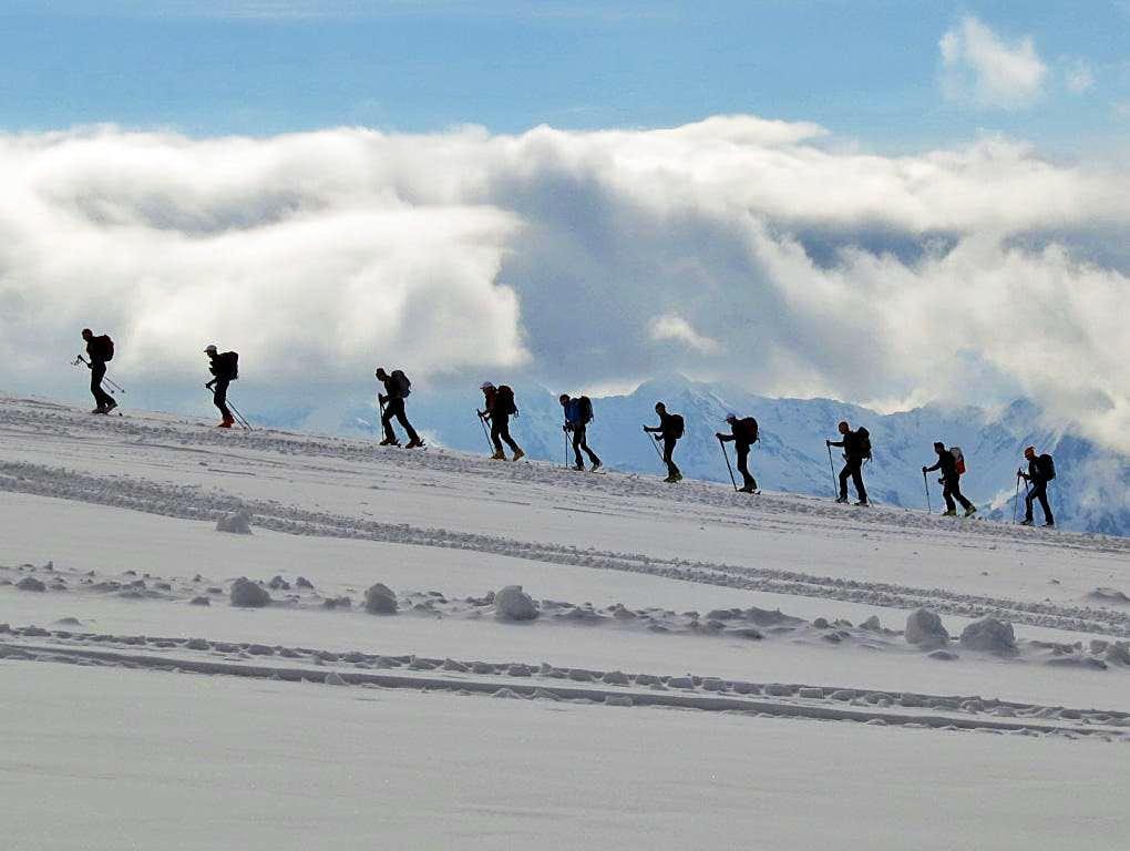 Skinning up Mt Elbrus
