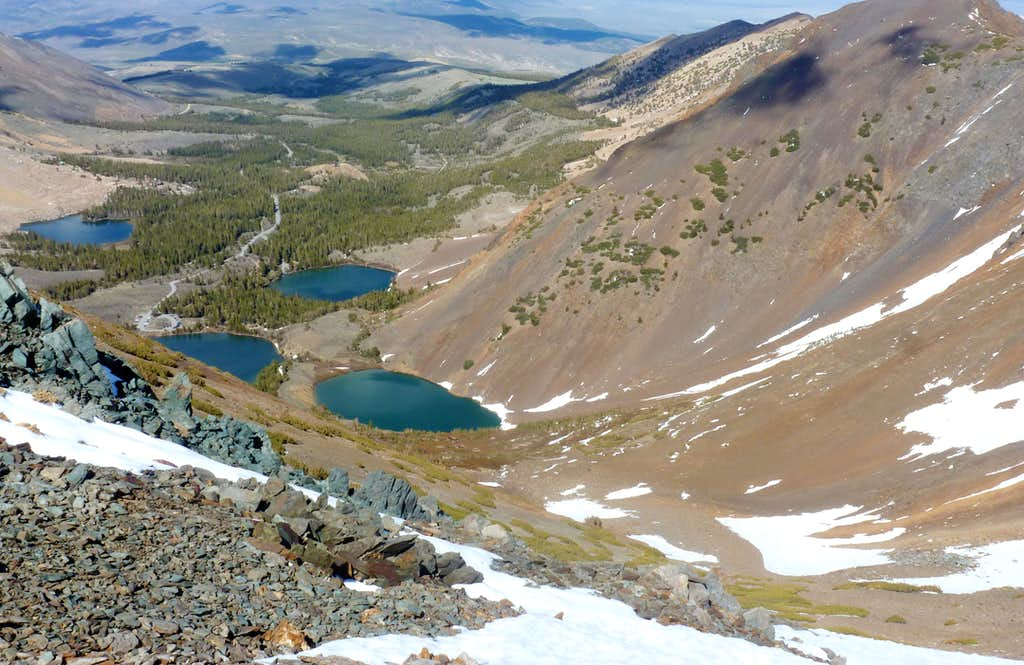 View on the descent back to the Virginia Lakes