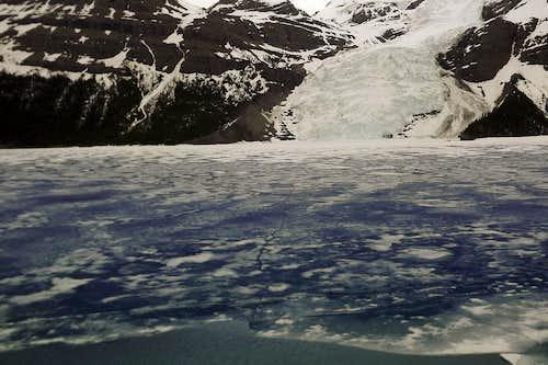 Berg Lake and Glacier