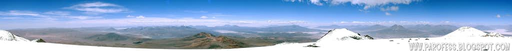 300º view of Aucanquilcha summit